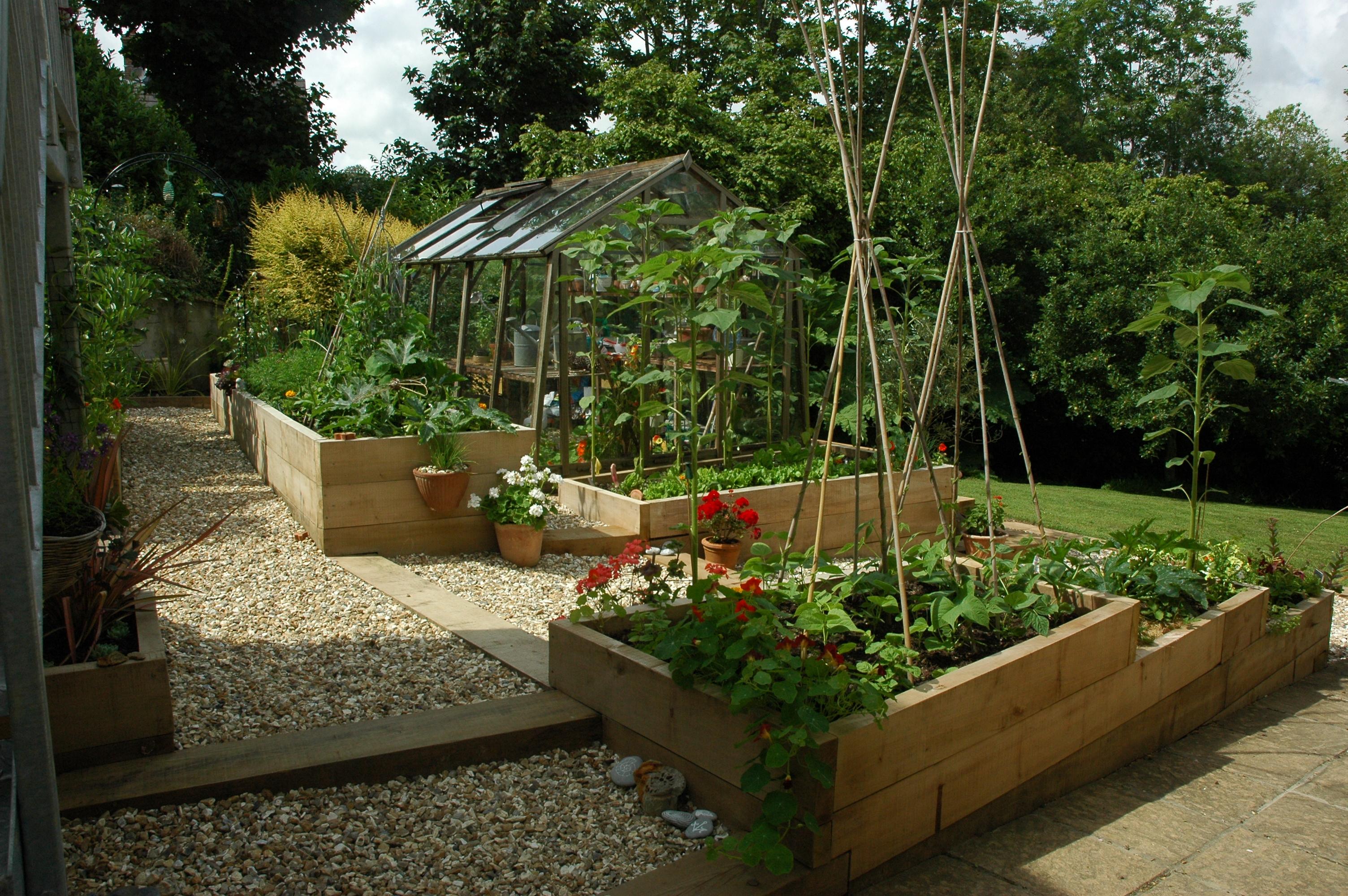 A modern potager alice meacham garden design for Potager garden designs